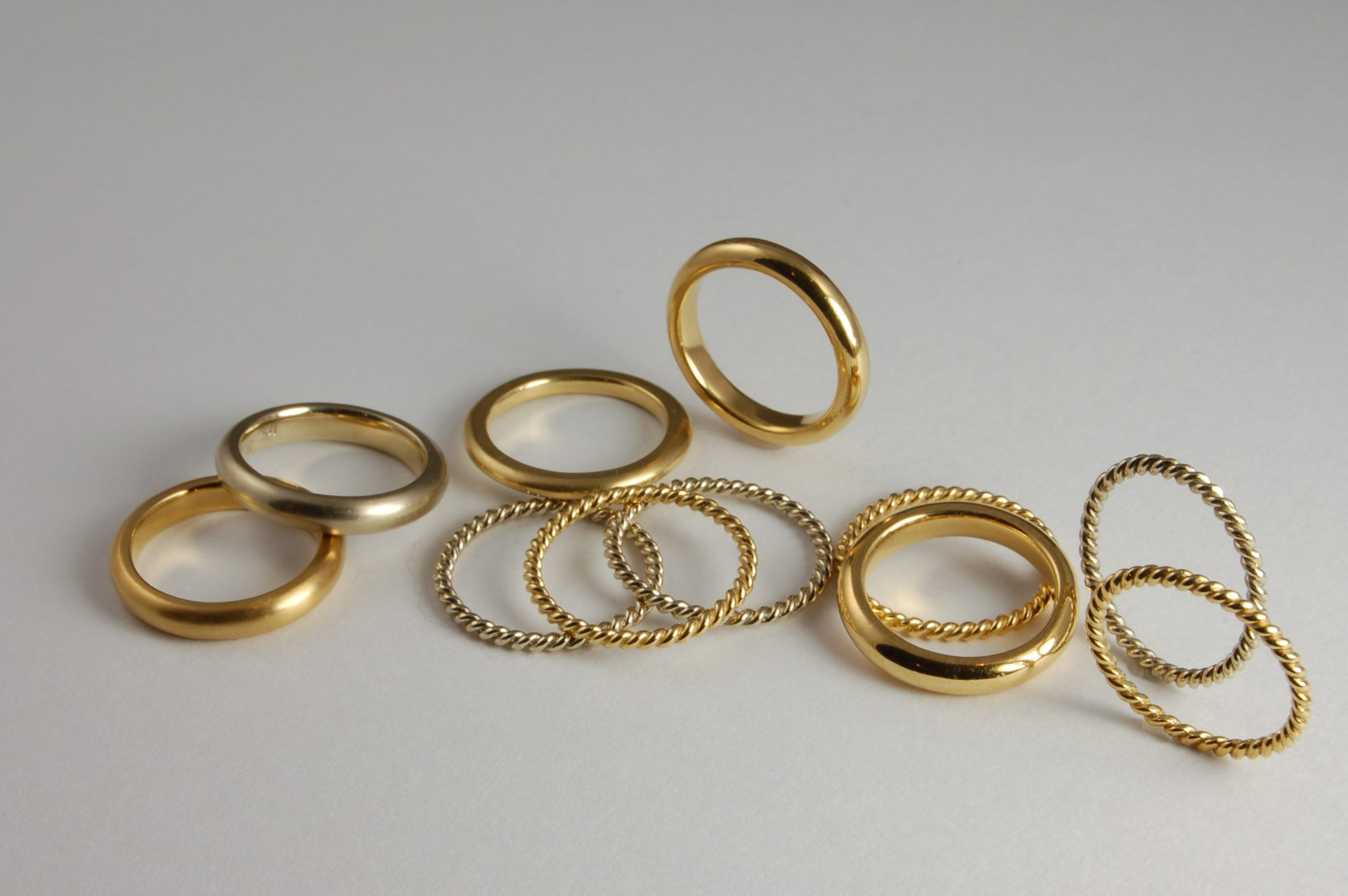 Twist and Round Band Rings